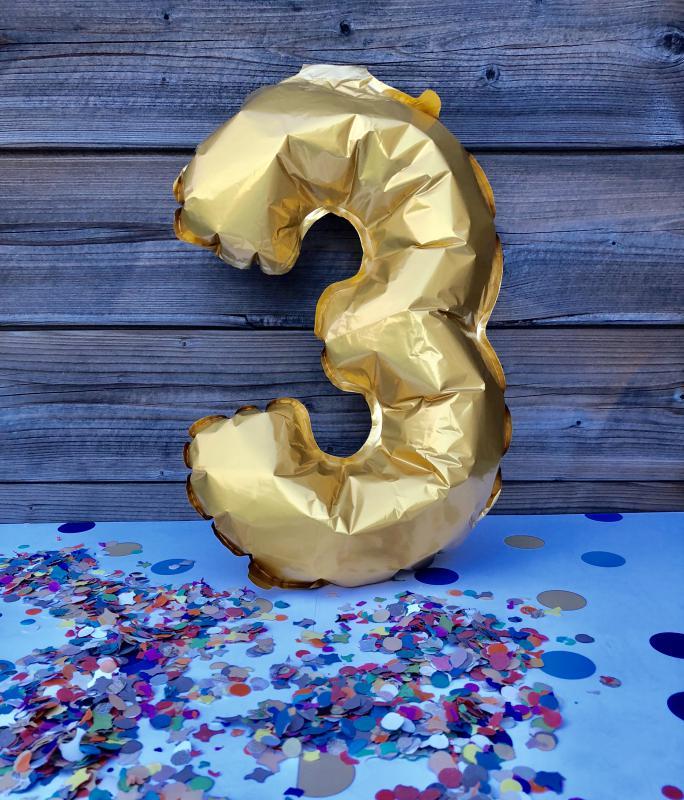 ballon letter 3