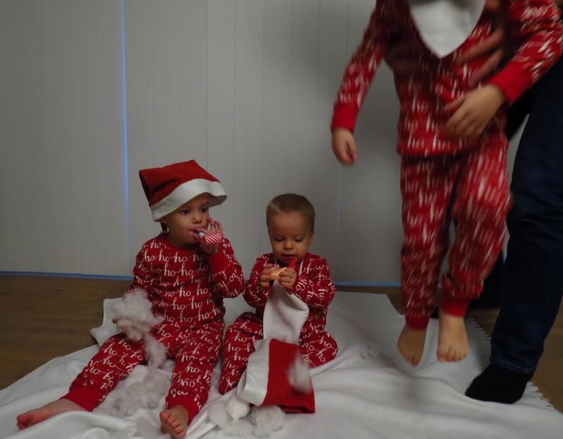 drie kindjes kerstkaart