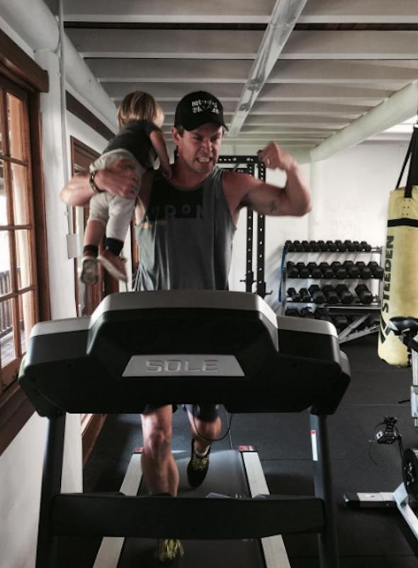 chris hemsworth treadmill