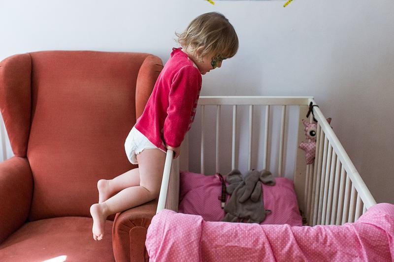 Kind aan bed